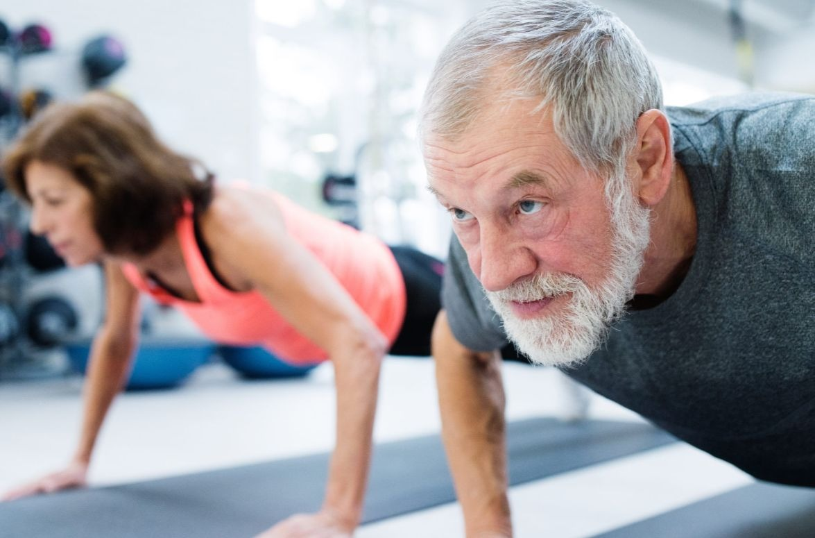 Langhanteltraining im Alter